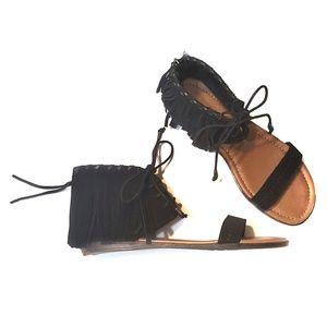 NEW Minnetonka Suede Fringe Sandals